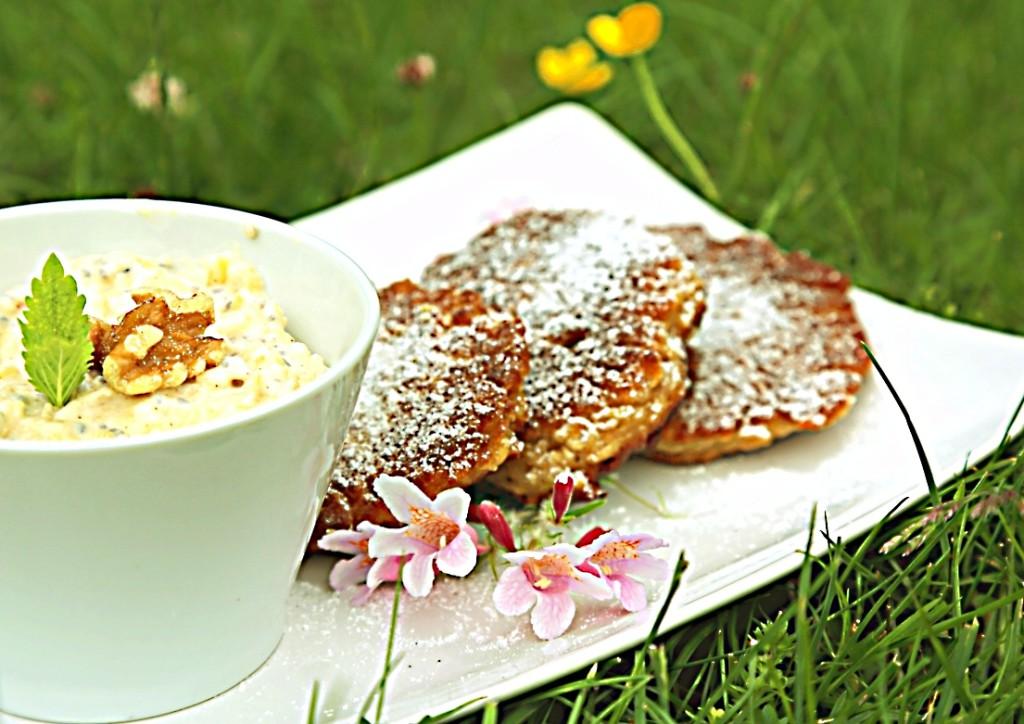 velmi rychlá a výživná snídaně, pokud do omáčky přidáte chia semínka a ořechy