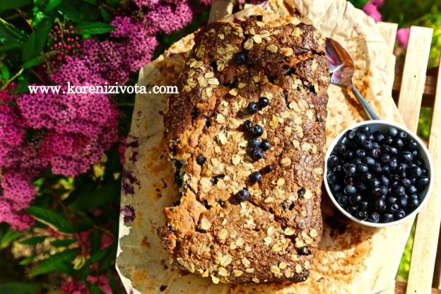 ovesno-jogurtový chlebíček s borůvkami