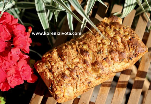 trhací bylinkový chleba