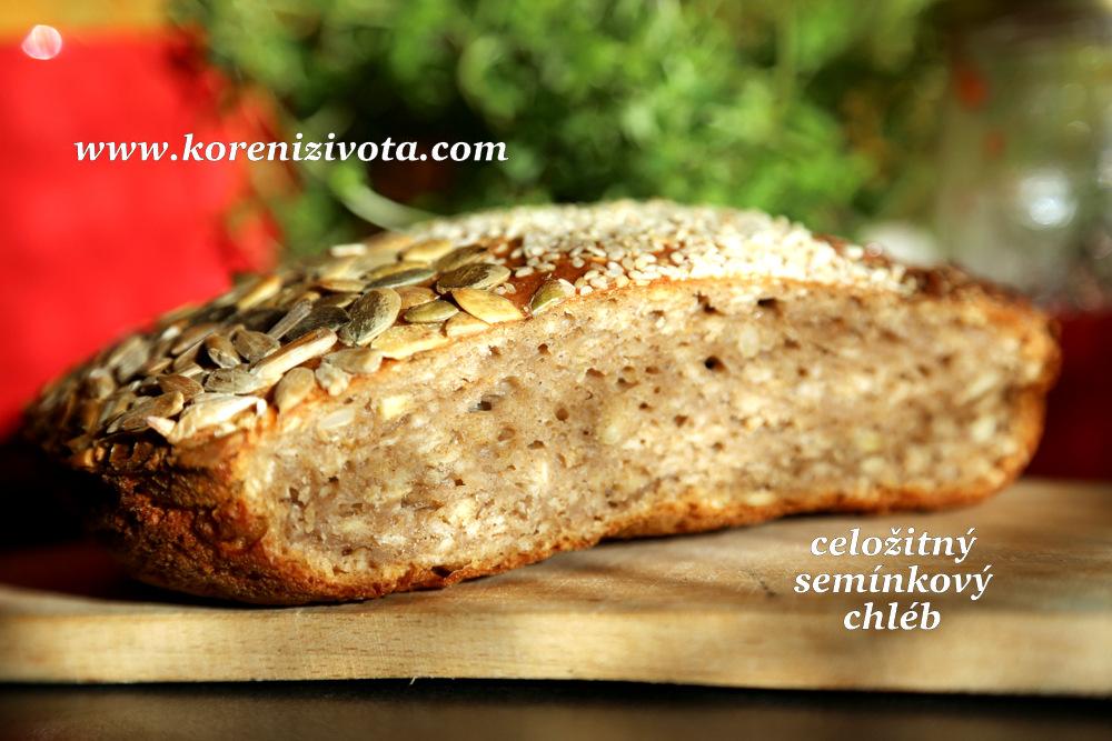celožitný semínkový chléb má krásně krémovou střídku a vydrží až týden velmi chutný při správném skladování