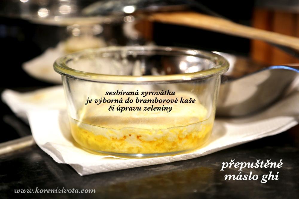 sesbíraná syrovátka je vhodná k použití v dalších pokrmech včetně pečení