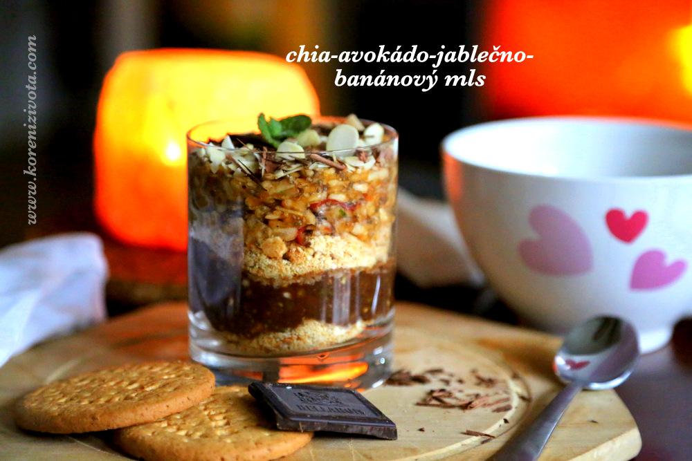Chia-avokádo-jablko-banánový mls jako snídaně či zdravá svačinka