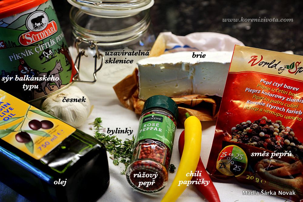 připravte si různé druhy sýrů (třeb ai jen zbytečky), koření, bylinky a zeleninu