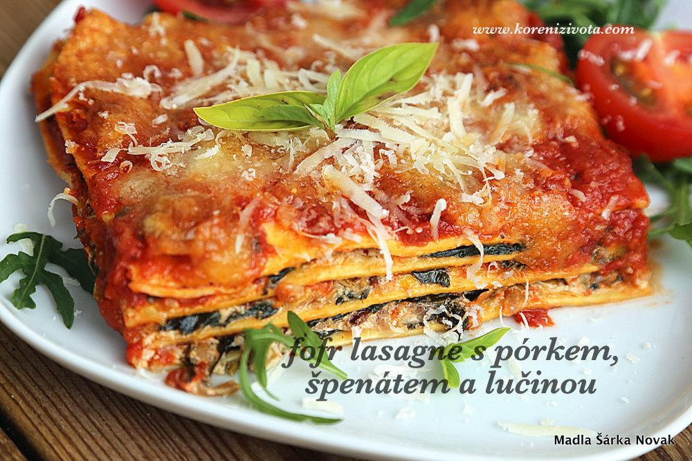 Fofr lasagne z pórku, špenátu a lučiny