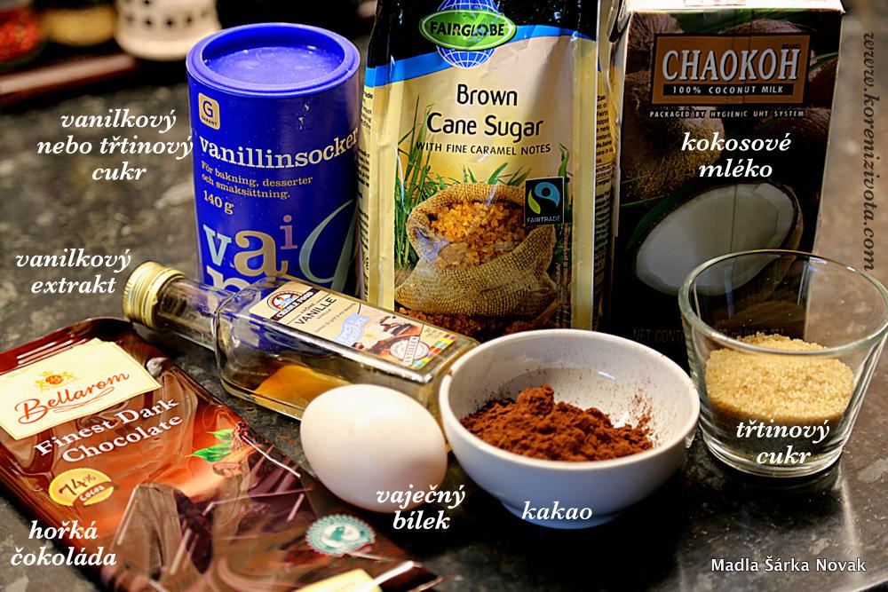 základní suroviny; do meringue můžete použít i vanilkový cukr