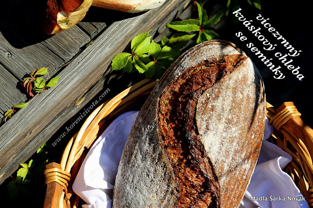 Vícezrnný kváskový chleba se semínky